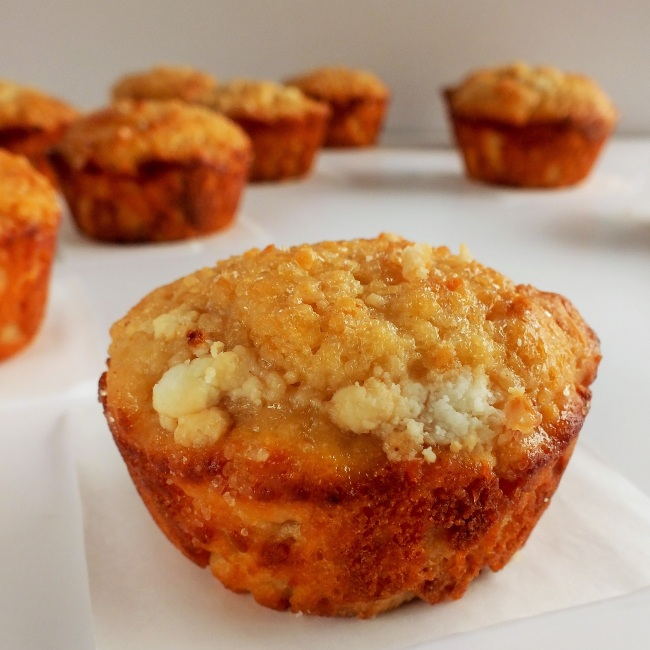 goat cheese muffins